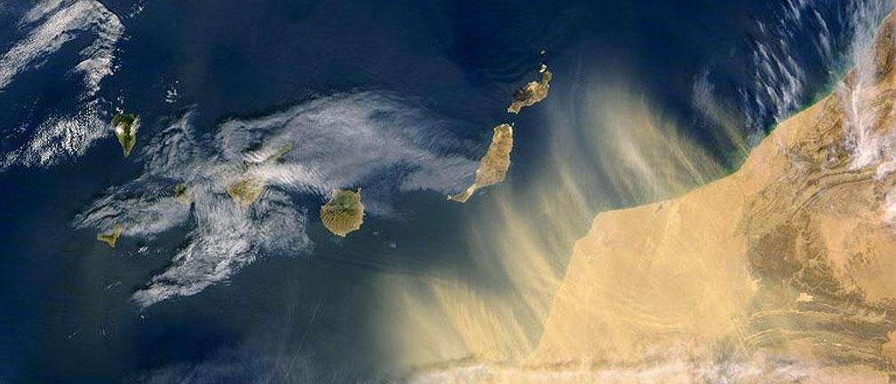 Viento Siroco entre África y Canarias