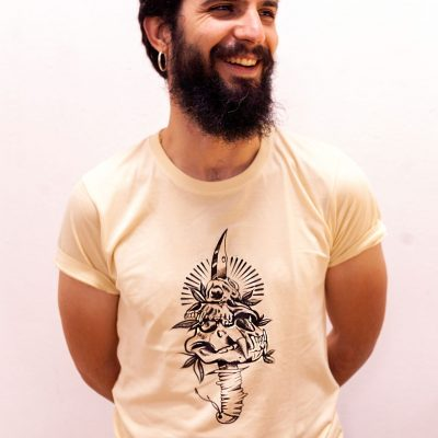 camiseta memento mori nest hombre